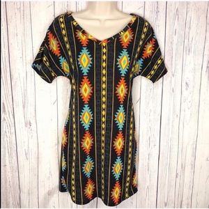 🆕 Aztec short sleeve mini dress small